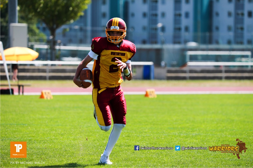 Alistair Ljubenovic #2 (Winterthur),beim US-Sports spiel der American Football  zwischen den Winterthur Warriors und den Geneva Seahawks U19, on Saturday,  12. May 2018 im Sportpark Deutweg in Winterthur . (TOPpictures/Michael Walch)  Bild-Id: WAM_39860