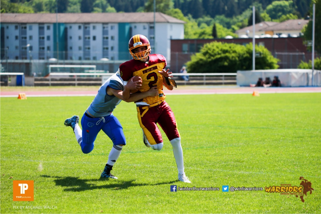 Alistair Ljubenovic #2 (Winterthur),beim US-Sports spiel der American Football  zwischen den Winterthur Warriors und den Geneva Seahawks U19, on Saturday,  12. May 2018 im Sportpark Deutweg in Winterthur . (TOPpictures/Michael Walch)Bild-Id: WAM_39861