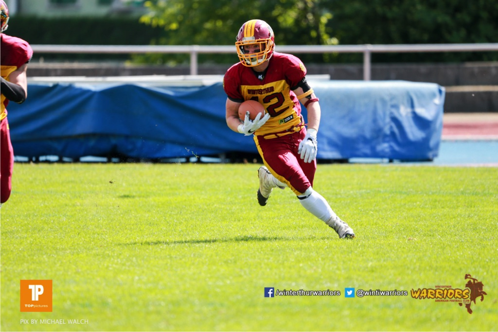 Beim US-Sports spiel der American Football  zwischen den Winterthur Warriors und den Geneva Seahawks U19, on Saturday,  12. May 2018 im Sportpark Deutweg in Winterthur . (TOPpictures/Michael Walch)Bild-Id: WAM_39905