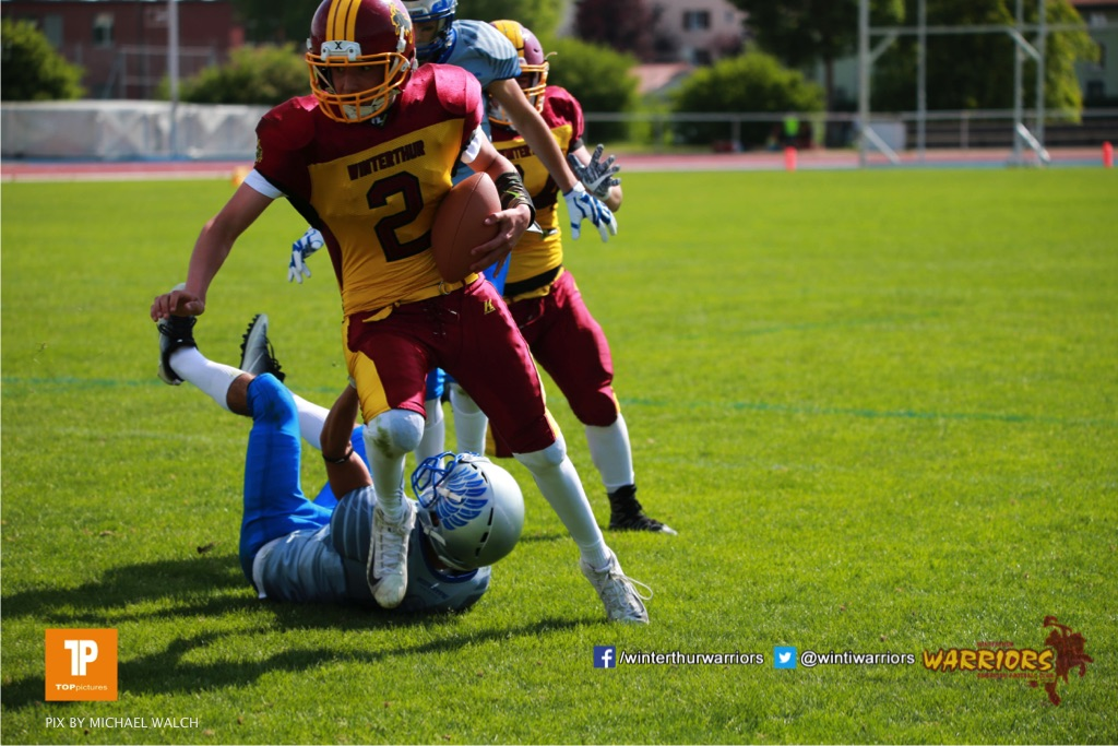 Alistair Ljubenovic #2 (Winterthur),beim US-Sports spiel der American Football  zwischen den Winterthur Warriors und den Geneva Seahawks U19, on Saturday,  12. May 2018 im Sportpark Deutweg in Winterthur . (TOPpictures/Michael Walch)  Bild-Id: WAM_39920